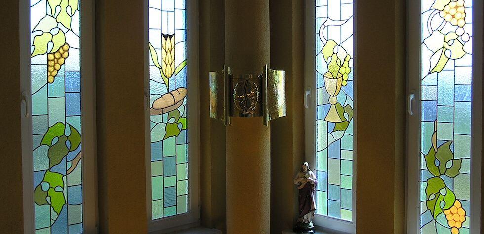 glas in lood kapel raam